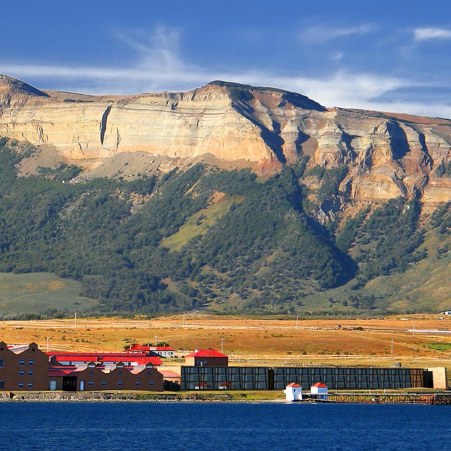 cile-the-singular-patagonia-puerto-natales-hotel-luxury-14