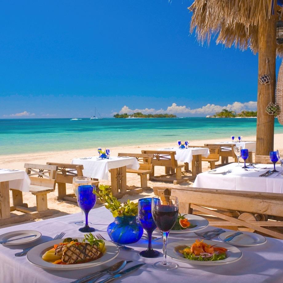 mare-caraibi-giamaica-sandals-negril-1