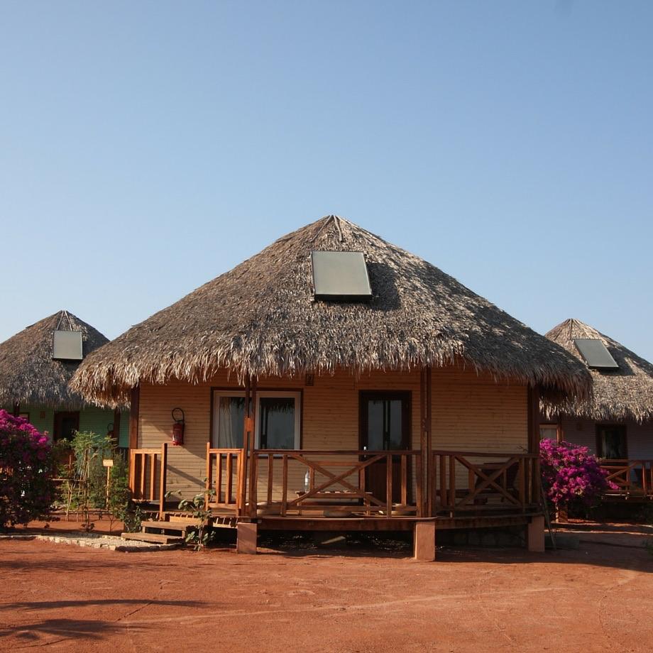 mare-madagascare-antsanitia-resort-1