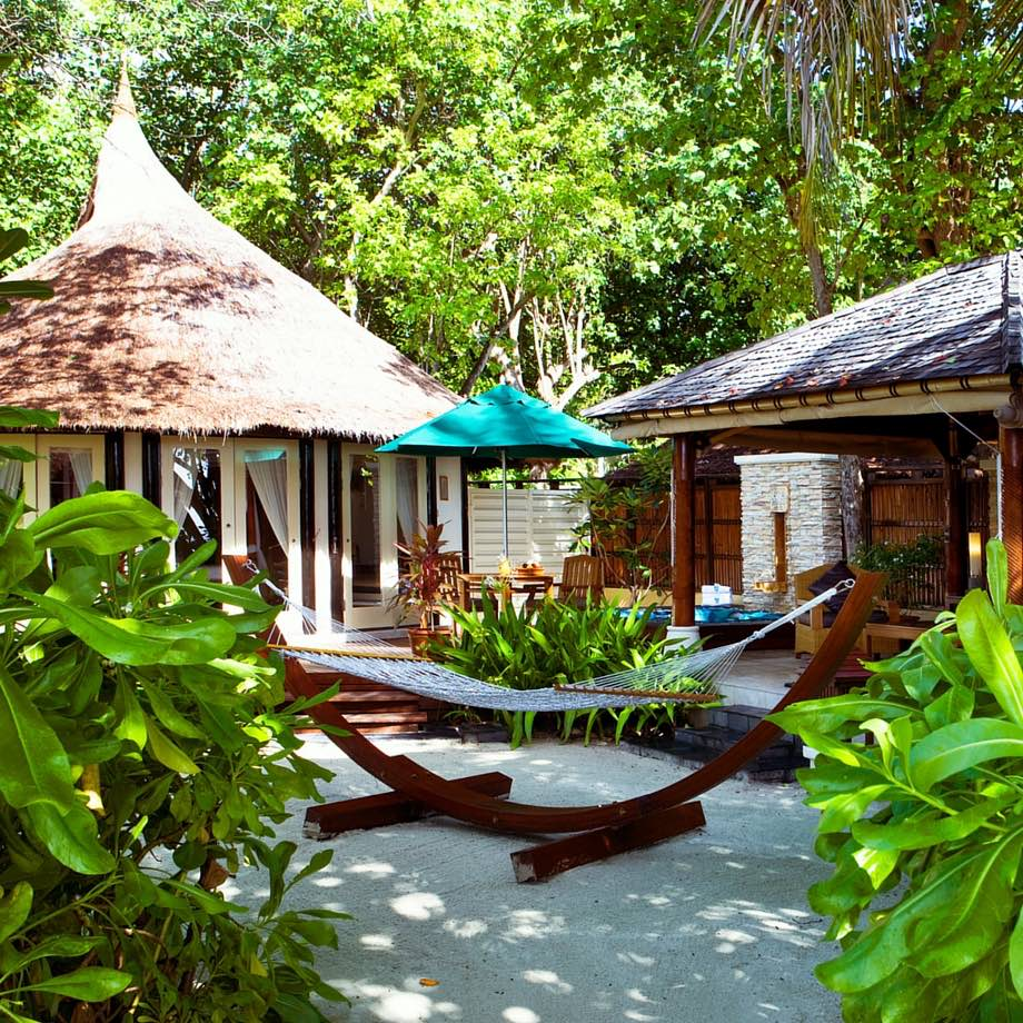 mare-maldive-banyan-tree-vabbinfaru-1