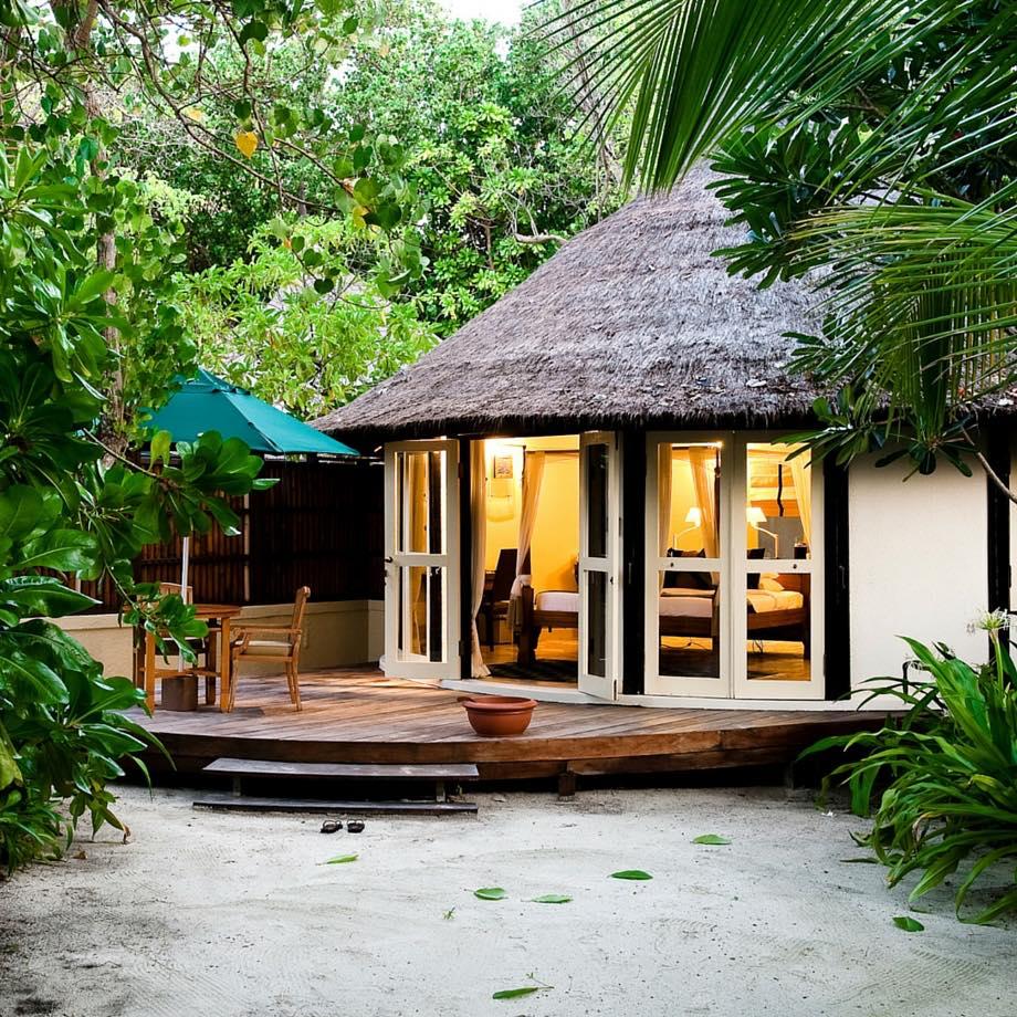 mare-maldive-banyan-tree-vabbinfaru-2