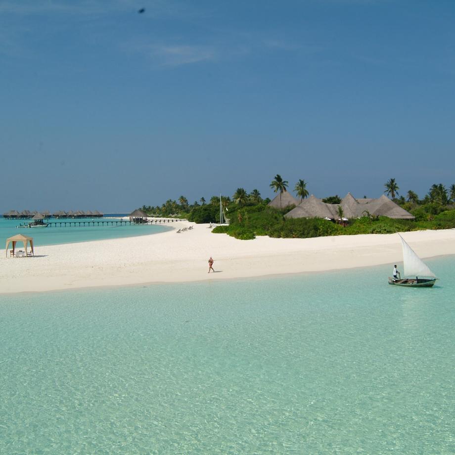 mare-maldive-coco-palm-dhuni-kolhu-1