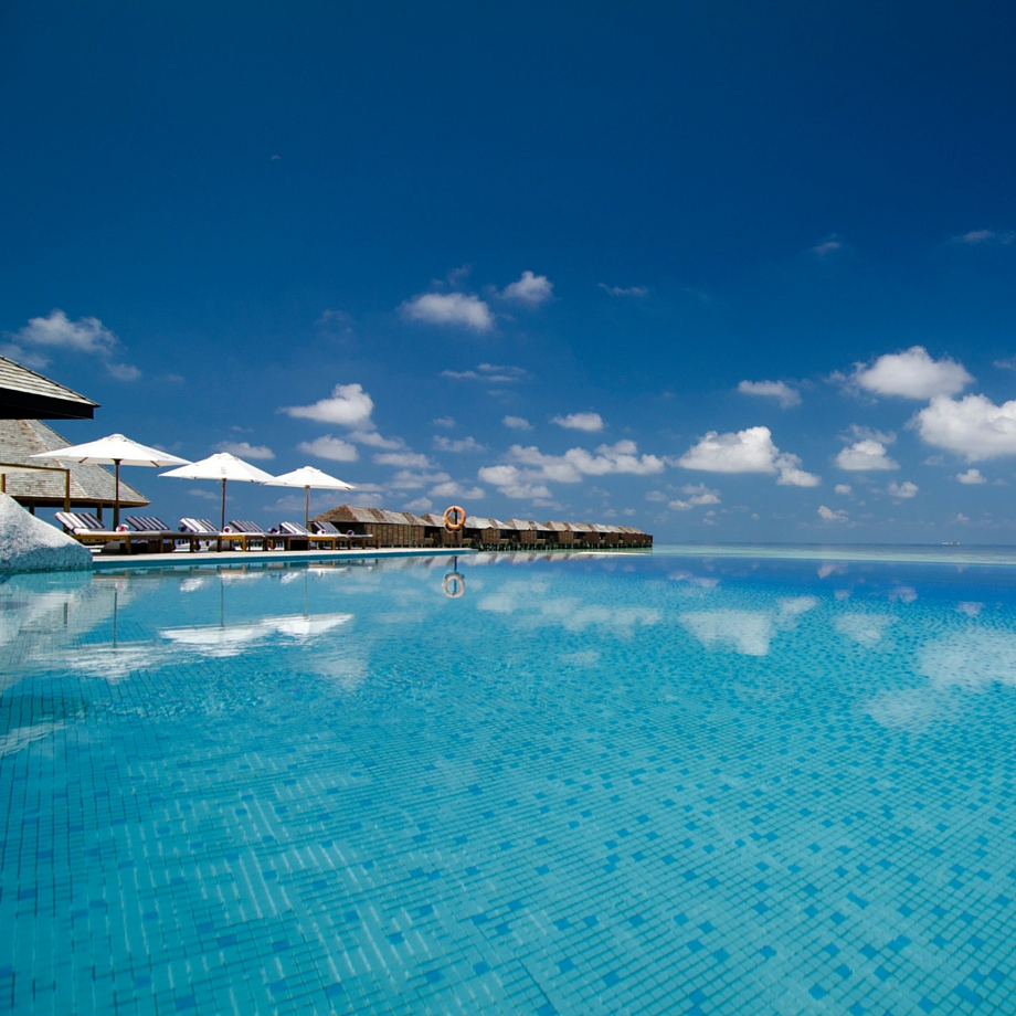 mare-maldive-lily-beach-resort-&-spa-2