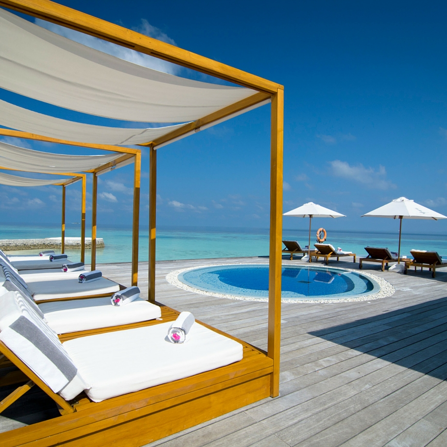 mare-maldive-lily-beach-resort-&-spa-5