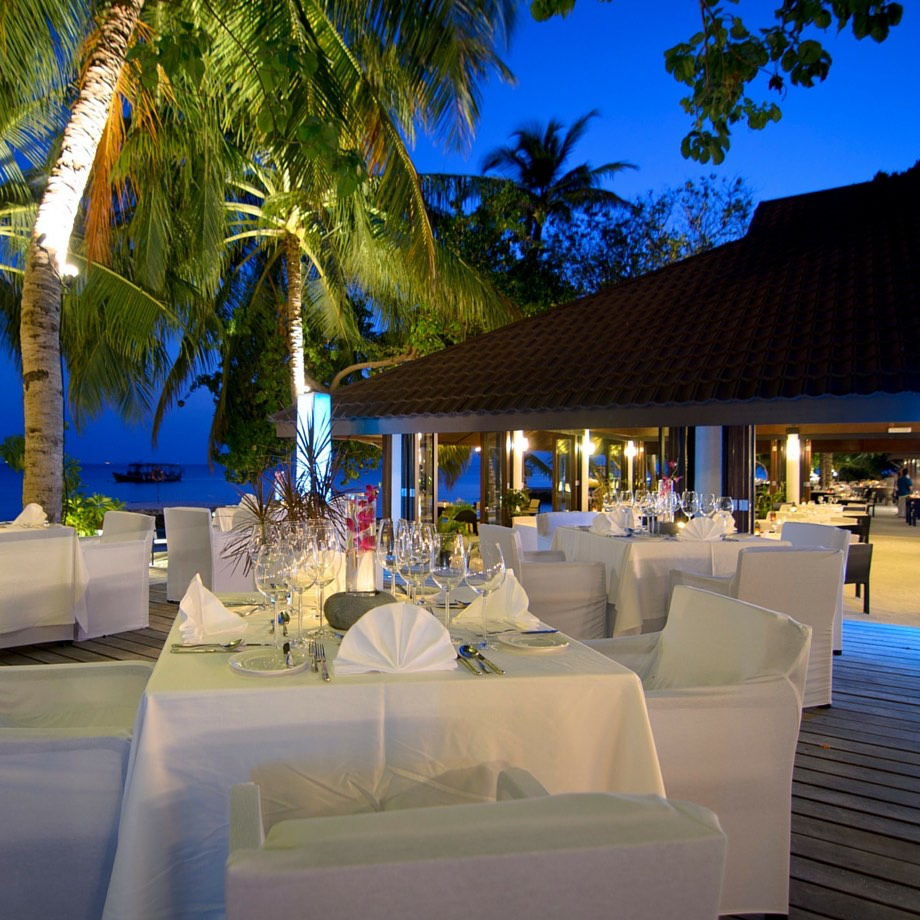 mare-maldive-lily-beach-resort-&-spa