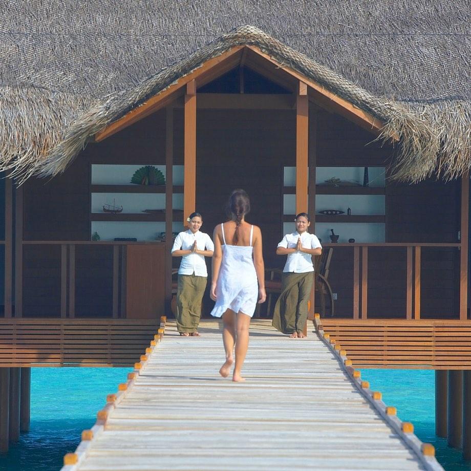 mare-maldive-medhufushi-island-resort-3
