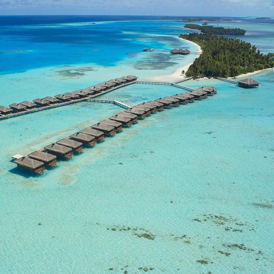 mare-maldive-medhufushi-island-resort-9