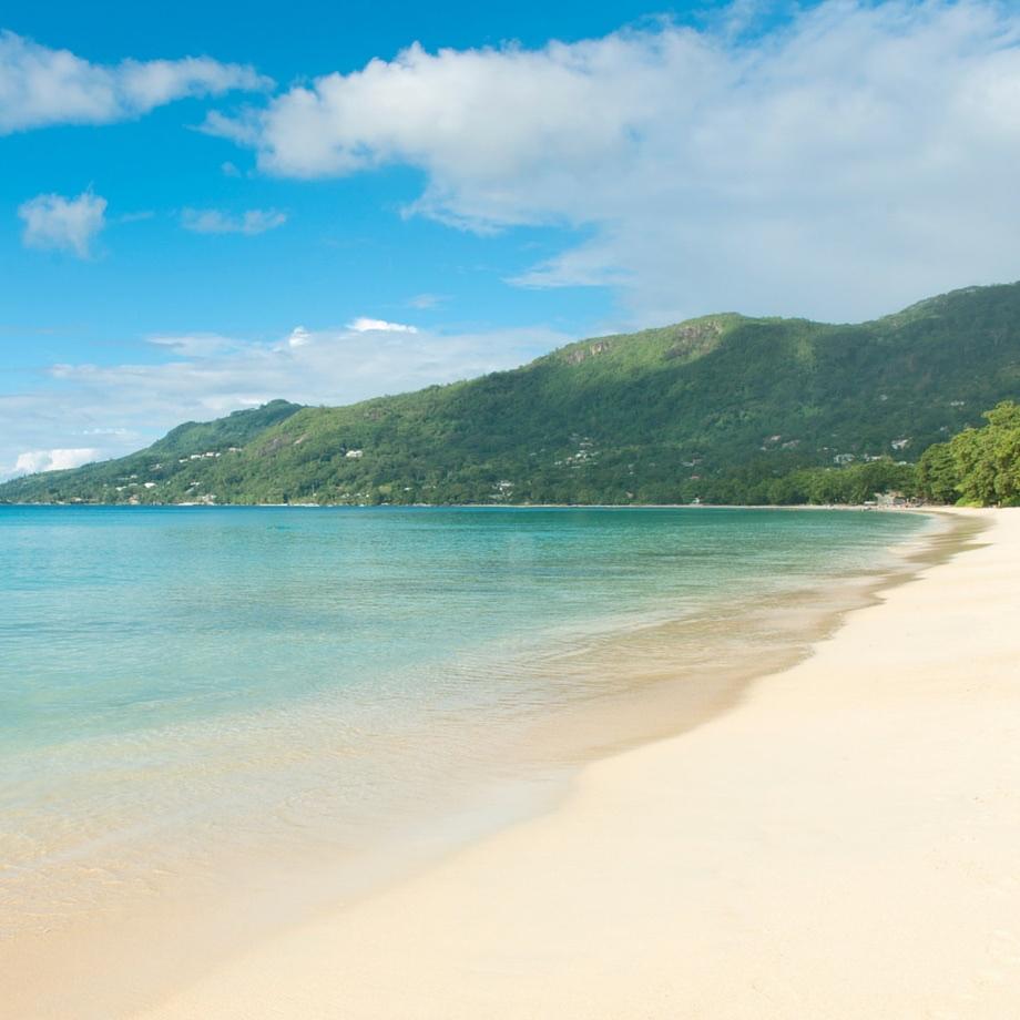 mare-seychelles-the-h-resort-beau-vallon-beach-1