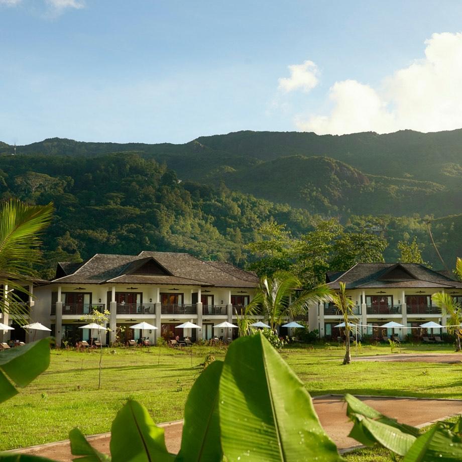 mare-seychelles-the-h-resort-beau-vallon-beach-7