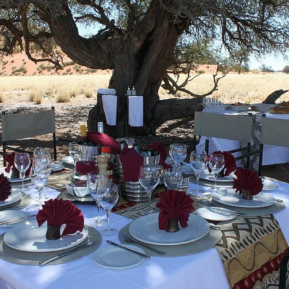namibia-africa-safari-hoodia-desert-lodge-luxury