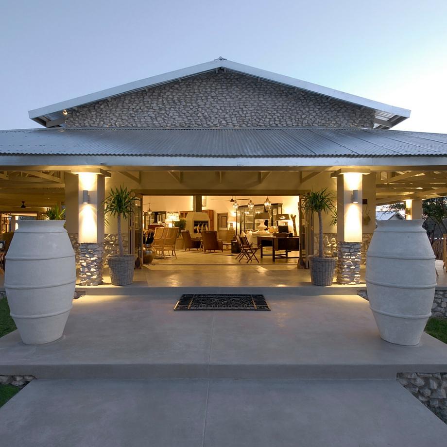 namibia-africa-safari-mushara-outpost-luxury-8