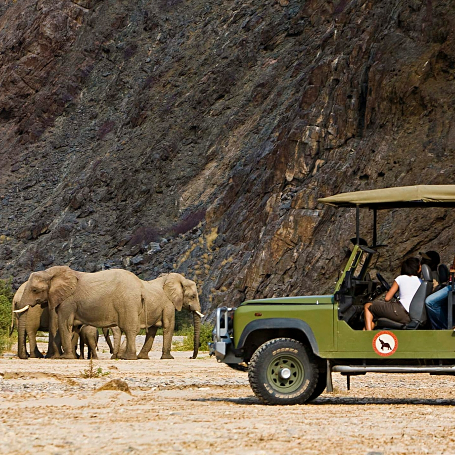 namibia-africa-safari-okahirongo-lodge-luxury4