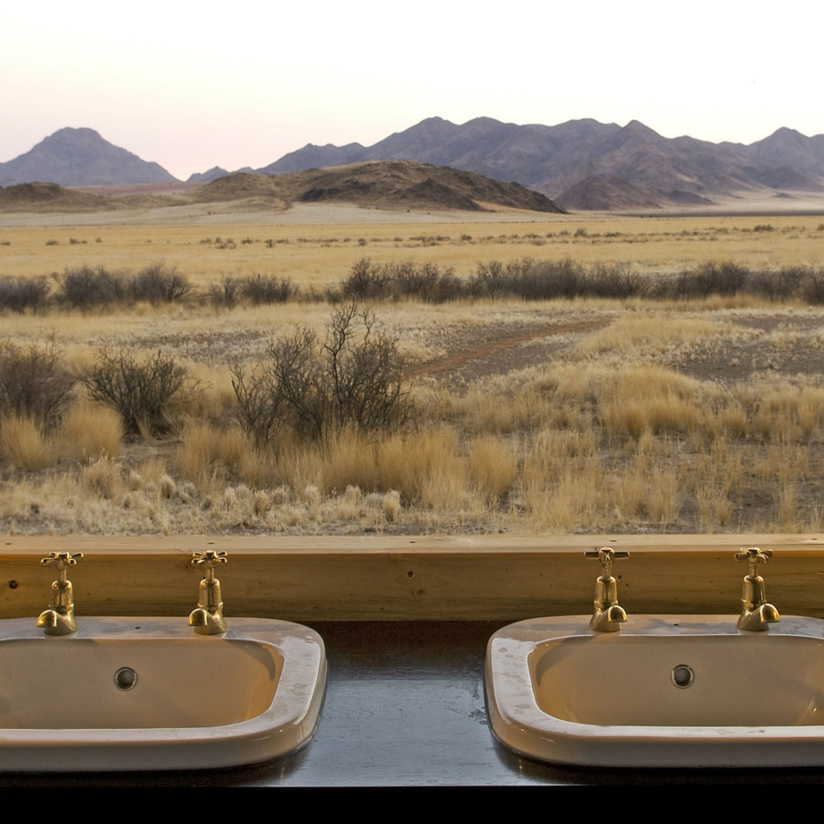 namibia-africa-safari-wolwedans-boulders-camp-luxury