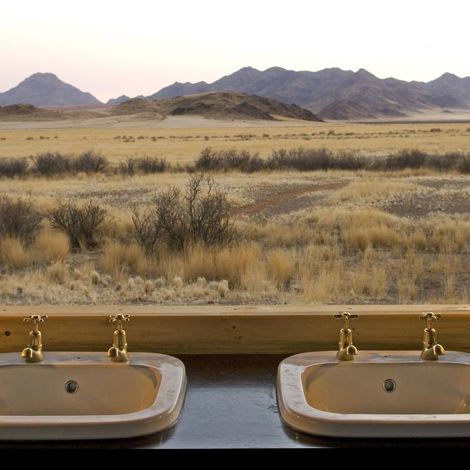 namibia-africa-safari-wolwedans-boulders-camp-luxury