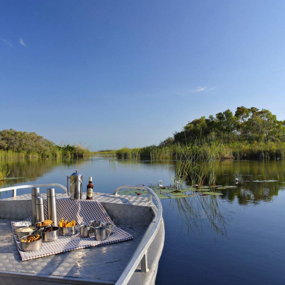 safari viaggi di lusso africa botswana beyond nxabega okavango tented camp