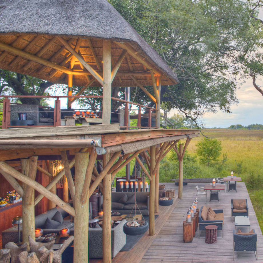 viaggi lusso safari africa botswana beyond xudum okavango delta lodge