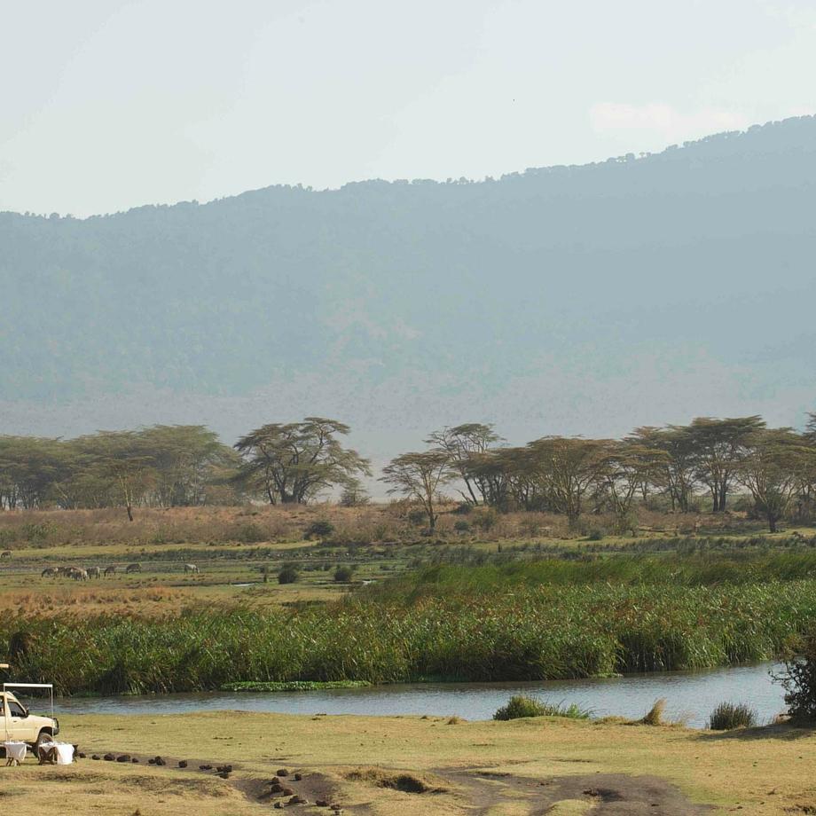safari-tanzania-manor-at-ngorongoro-10