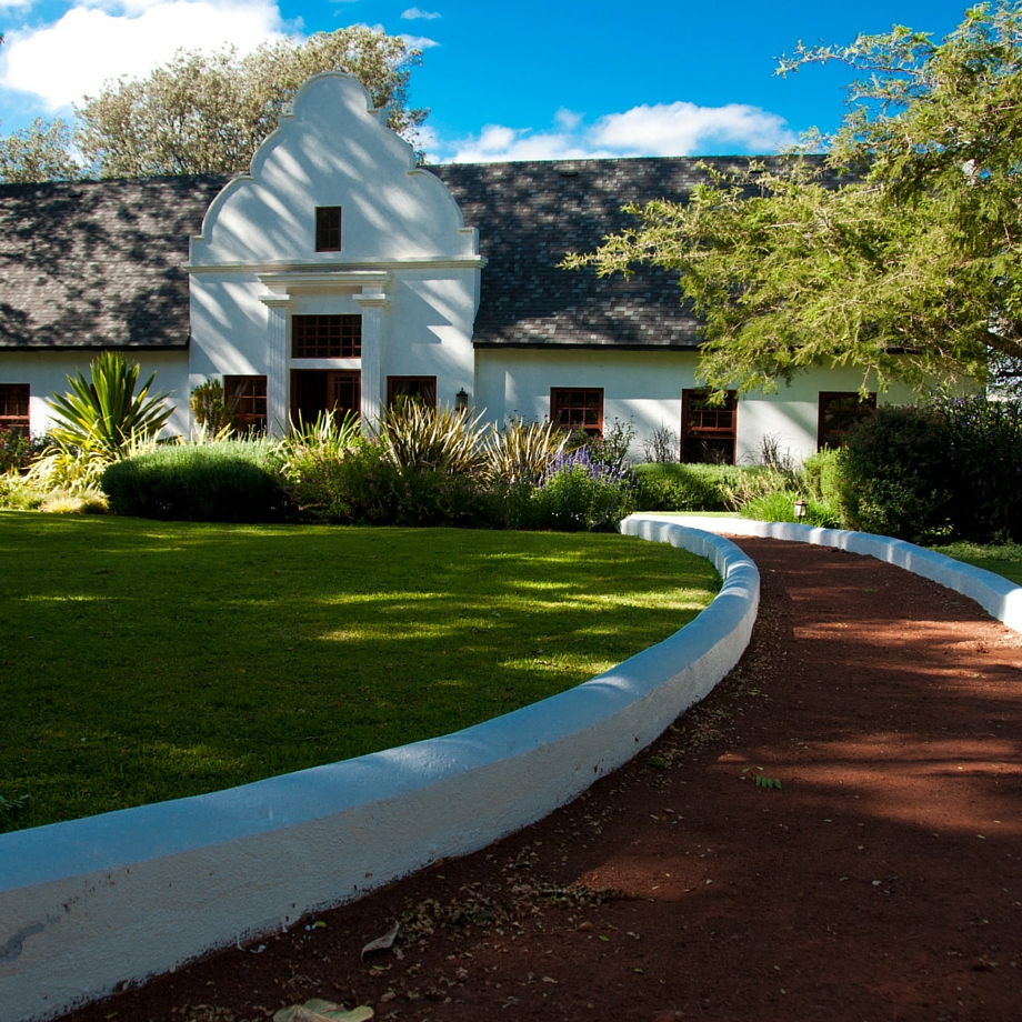 safari-tanzania-manor-at-ngorongoro-8