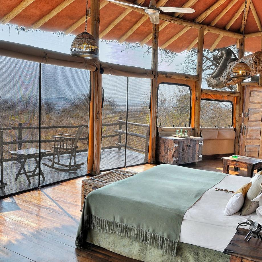 safari-tanzania-tarangire-treetops-1