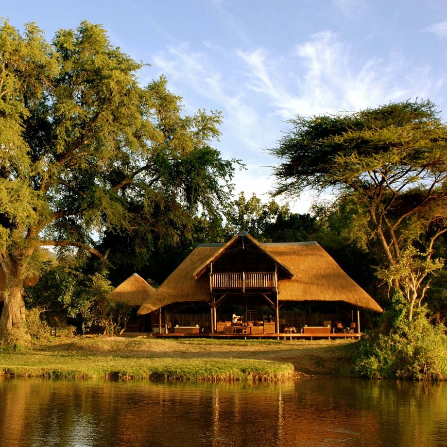 viaggi africa safari zambia chiawa camp