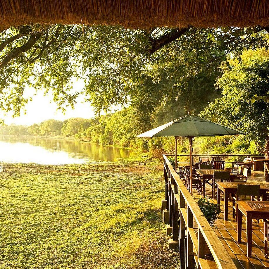 safari zambia kapani lodge