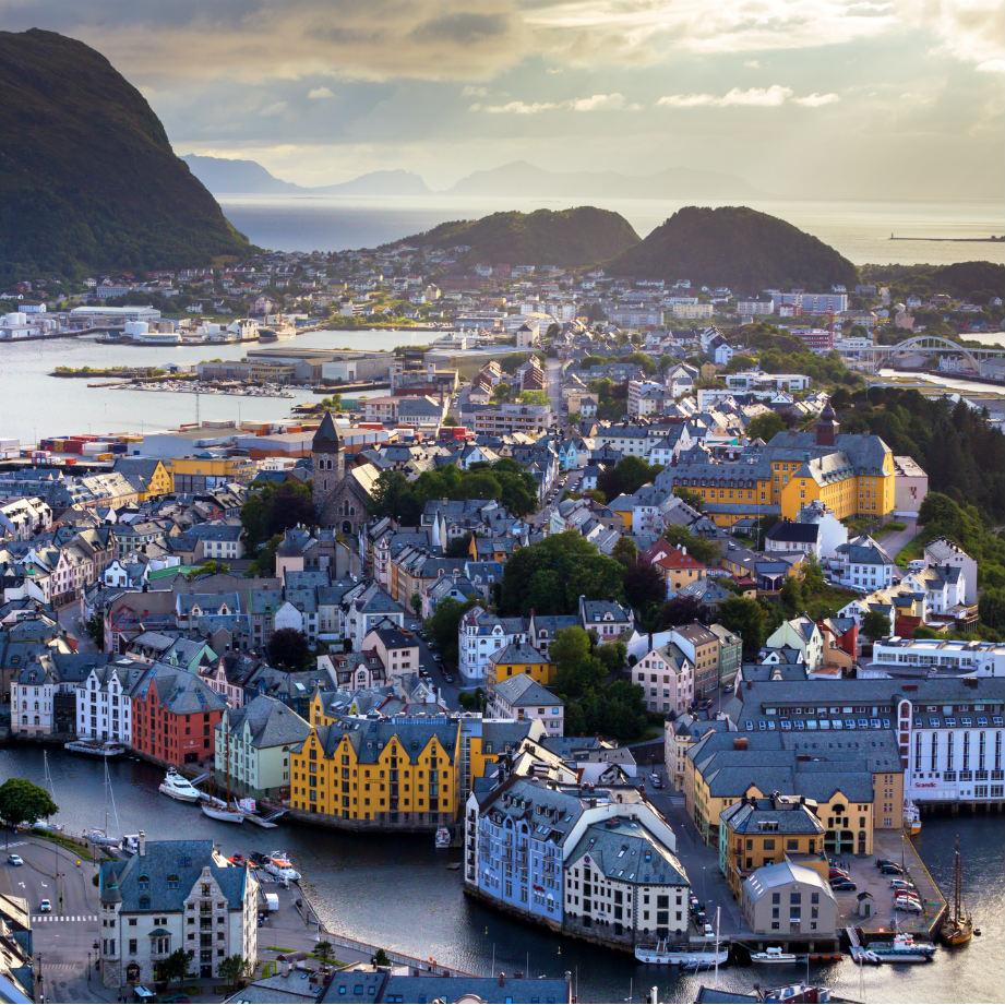 tour di gruppo scandinavia norvegia alesund